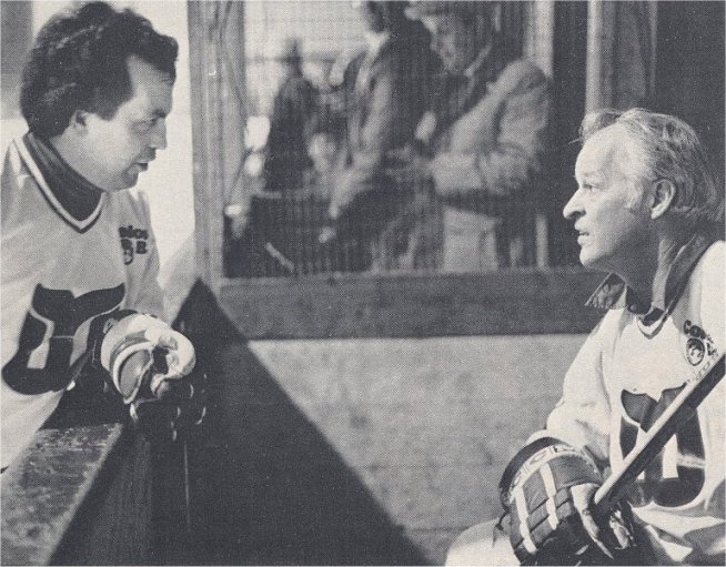 Andre Lacroix and Gordie Howe in a Whalers alumni game