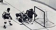 Don Blackburn scores the Whalers 1st goal in the Hartford Civic Center