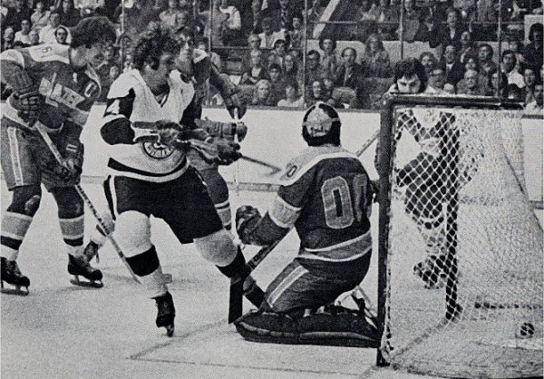 Larry Pleau scores the game winning goal in the Whalers first game