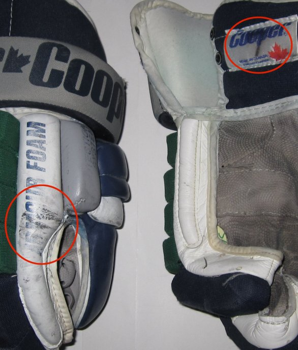 1997 HOCKEY GLOVES CURTIS LESCHYSHYN GAME USED GLOVES